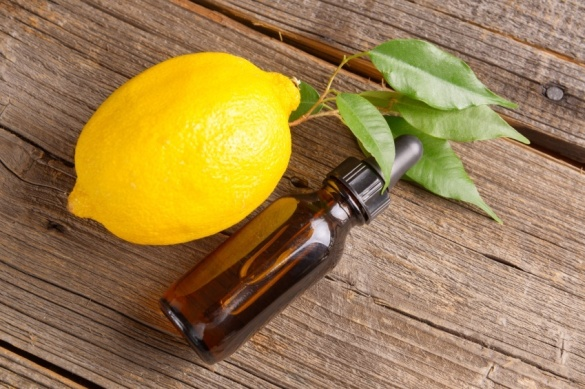 lemon-essential-oil-2